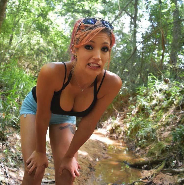 Orgie sexe dans la forêt avec une salope coquine